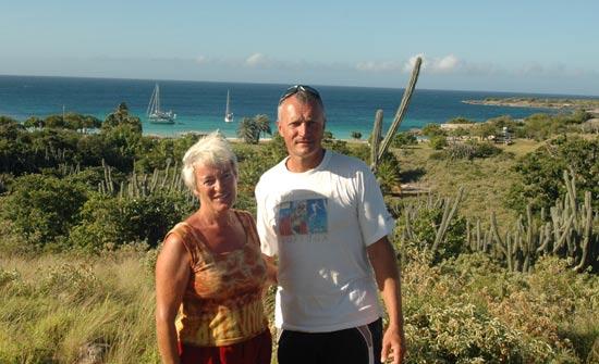 jose et Fanfan sur l'île de la Blanquilla.