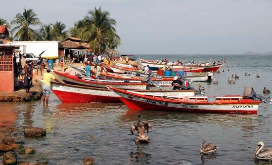 Bateaux pêche Vénézuéla Santa Fé.