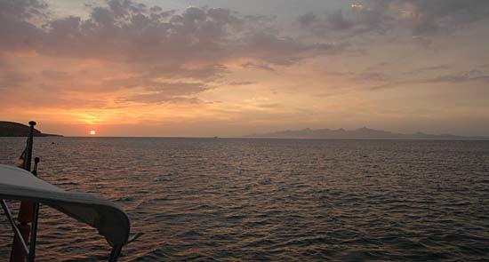 Cubagua, au fond l'île Margarita.