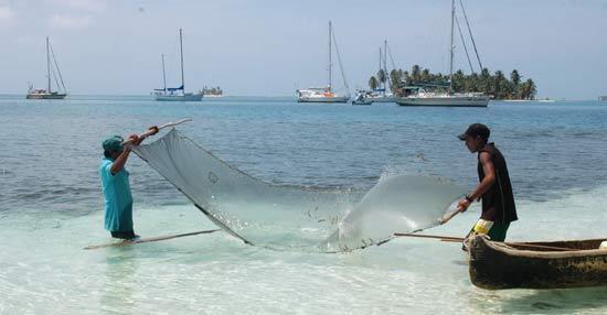 Pêcheurs au filet à Banedup.