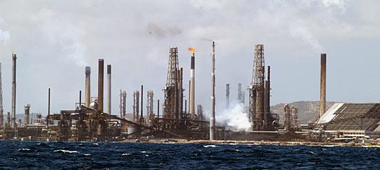 Raffineries d'Aruba...