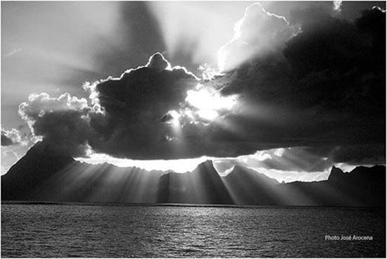 Moorea vue de Tahiti.